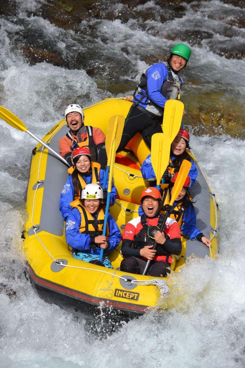 今日は日本一の広い川と長い川でラフティングしちゃいましたよ003