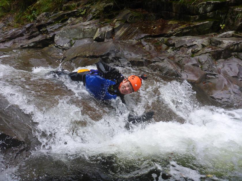 少しずつ足下に秋を感じ始めたハナゲの滝コースでした002