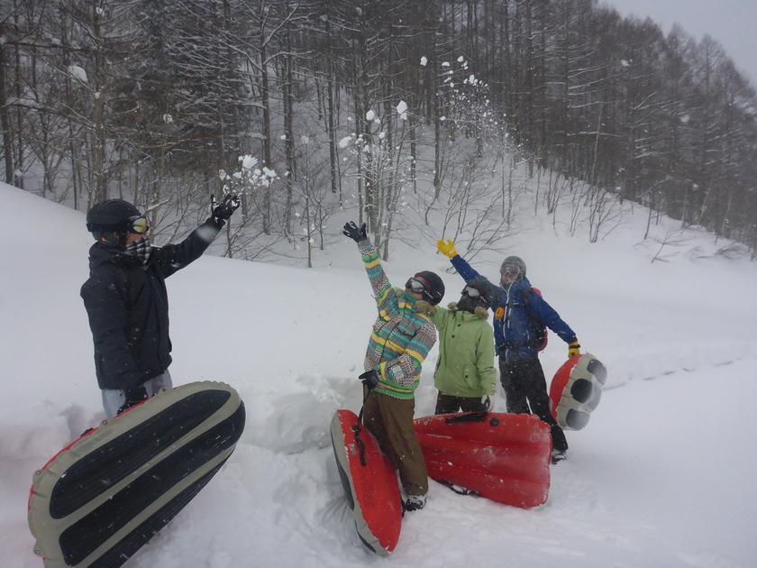 やっぱり雪は最高ですね♪エアーボードツアー003
