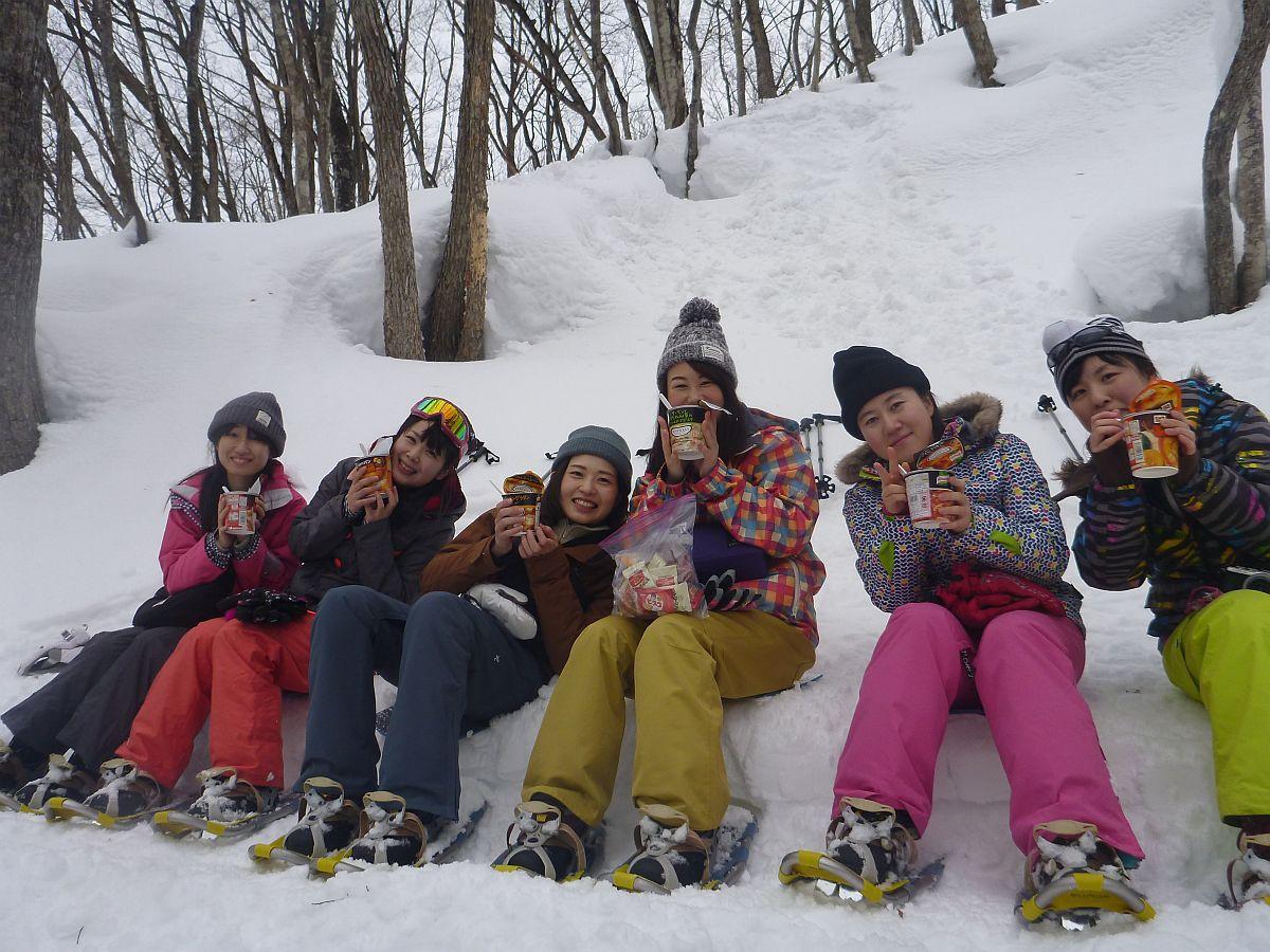 スノーシュー 雪が豊富なみなかみ町でスノーシュー体験!