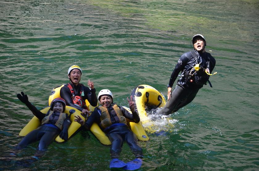 利根川で人魚になってみよう!!001