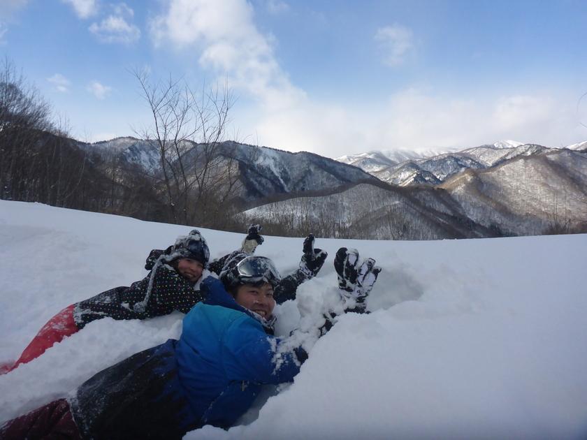 THE新雪!!まさに「スノーシュー日和」の半日コース♪002
