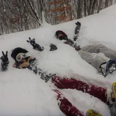 スノーシューで雪山へ!!吹雪に負けずに遊びましょ~♪