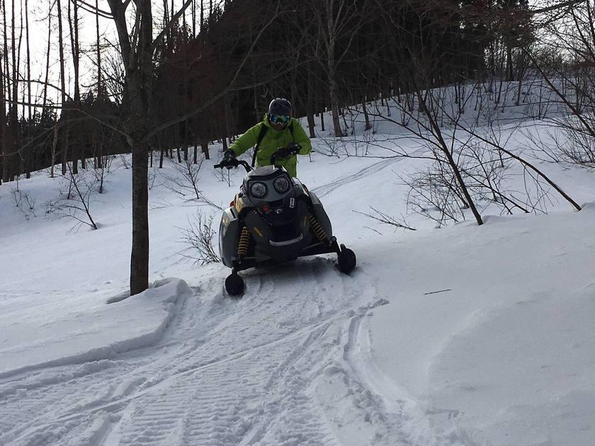 大満足の120分コース!スノーモービルで雪原へGO!003