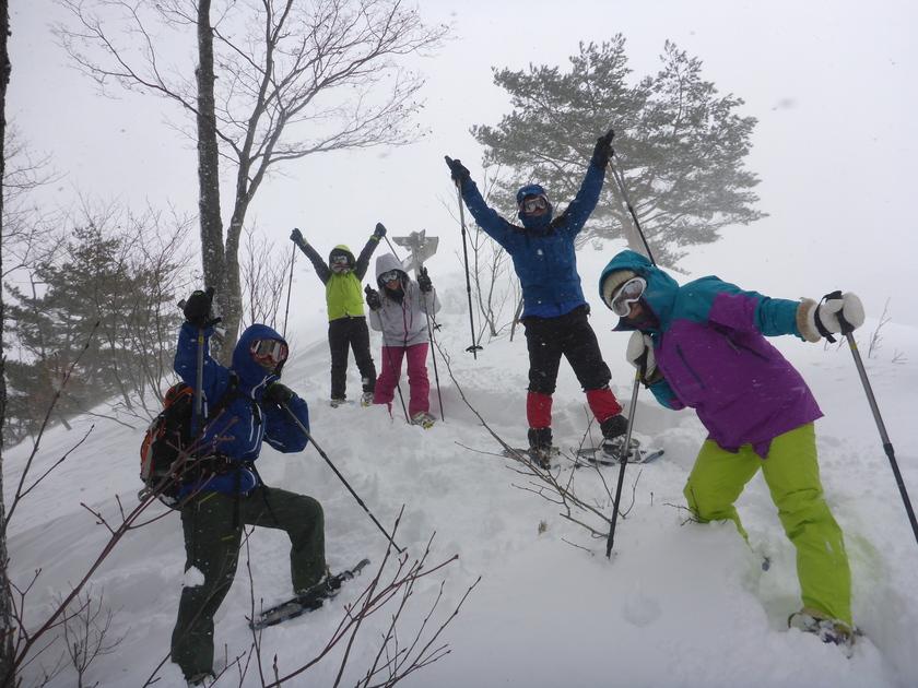 ラッセル♪ハッスル♪雪たっぷりスノーシュー1DAY001