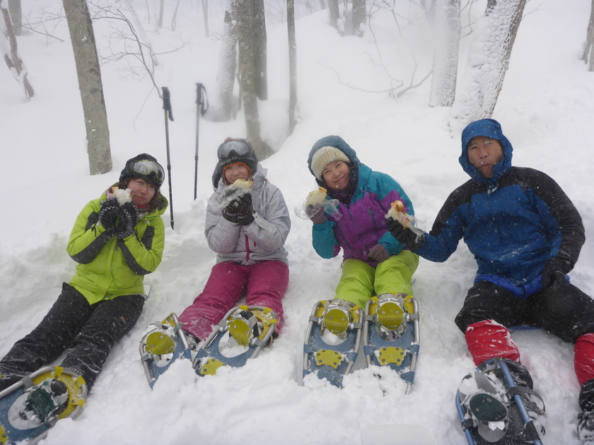 ラッセル♪ハッスル♪雪たっぷりスノーシュー1DAY002