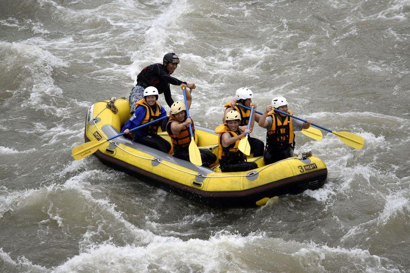 信濃川でラフティング!007