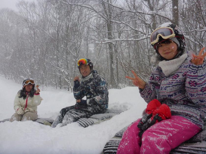 大雪わっしょい!!パウダー三昧のエアーボードツアー002