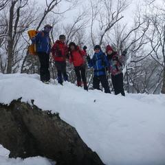 大人チームも童心になれるスノーシュー半日コース