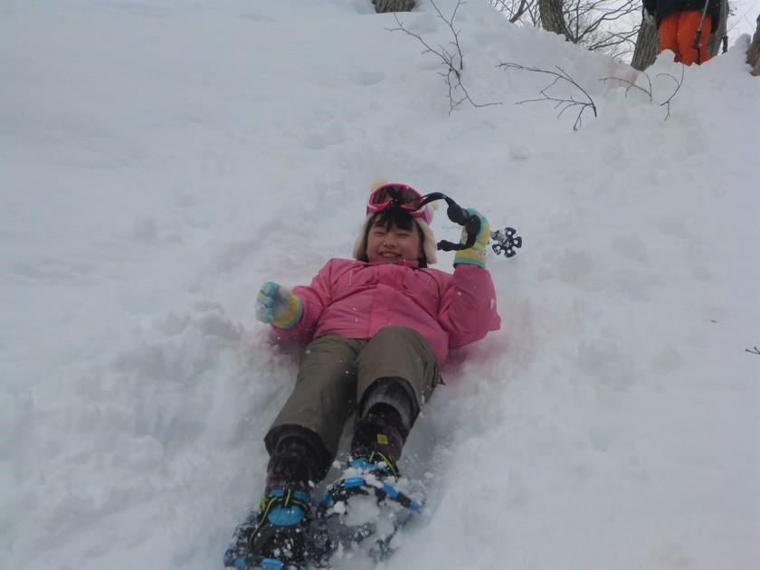 雪山を駆け回れ~!たっぷり遊んだスノーシュー半日コース004
