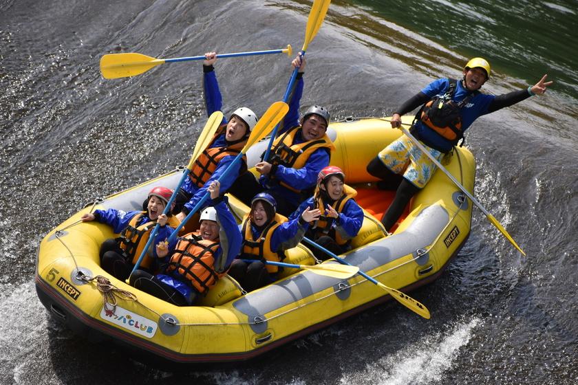 Let's enjoy rafting!002