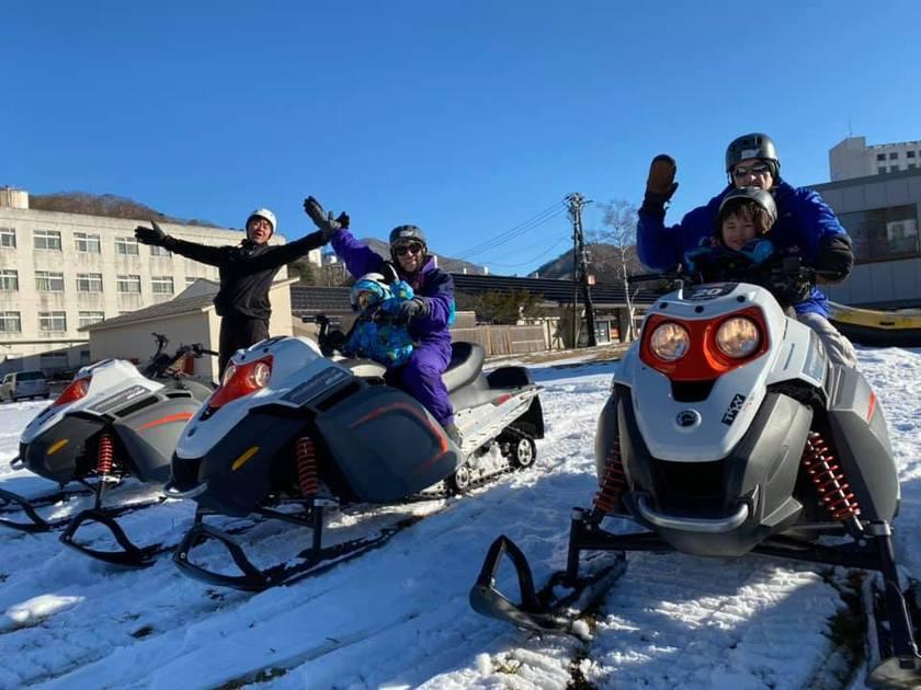 苗場スキー場スノーモービルいよいよ始動です!001