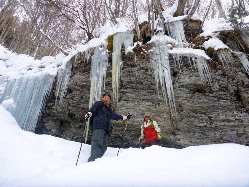 雪山散歩は大人も遊べる楽しさがいっぱい!002