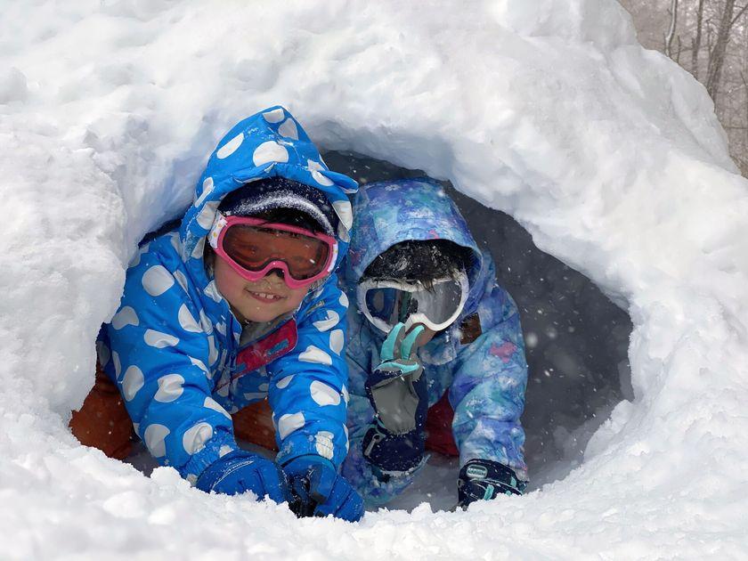 大人も子どもも笑顔いっぱいの雪上ハイキング☆002