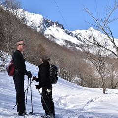 快晴のみなかみ町で雪上ハイキングを楽しもう!!