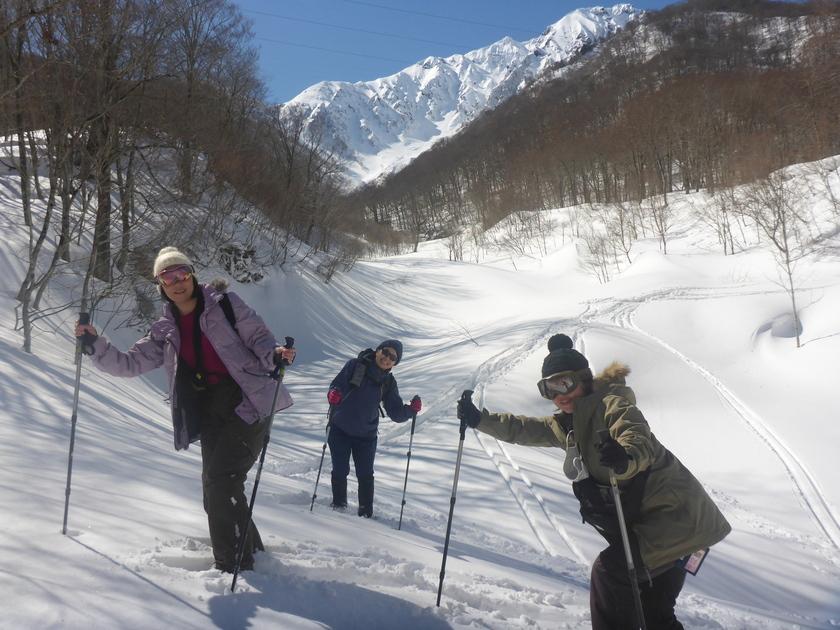 女子旅で雪国満喫!笑顔満開のスノーシュー半日ツアー002
