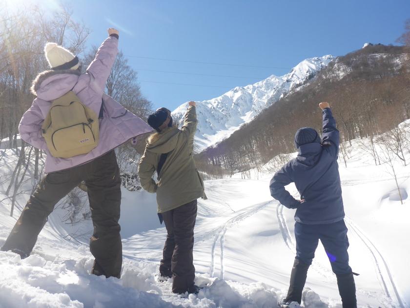 女子旅で雪国満喫!笑顔満開のスノーシュー半日ツアー001