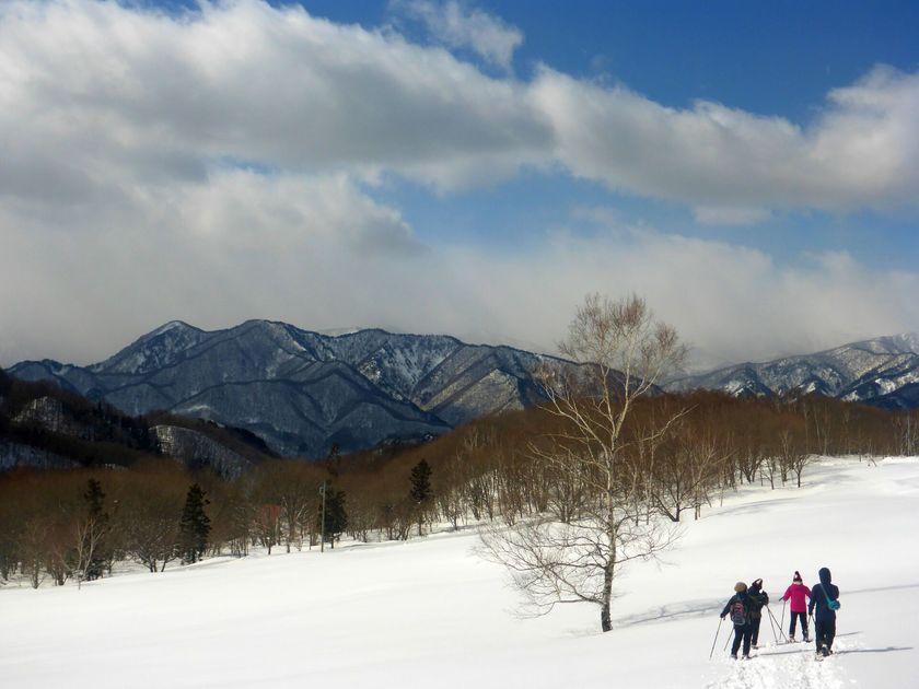 家族みんなで冒険気分でハイキング☆スノーシュー半日ツアー002