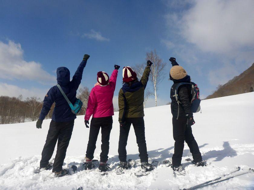 家族みんなで冒険気分でハイキング☆スノーシュー半日ツアー003
