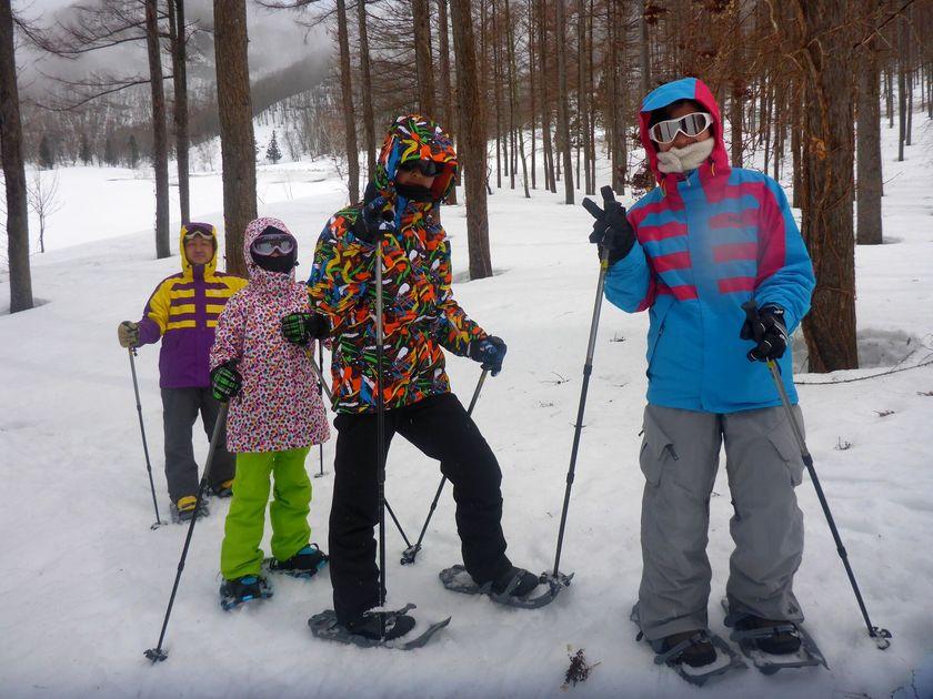 家族で雪上ハイキングへ出かけよう!!001