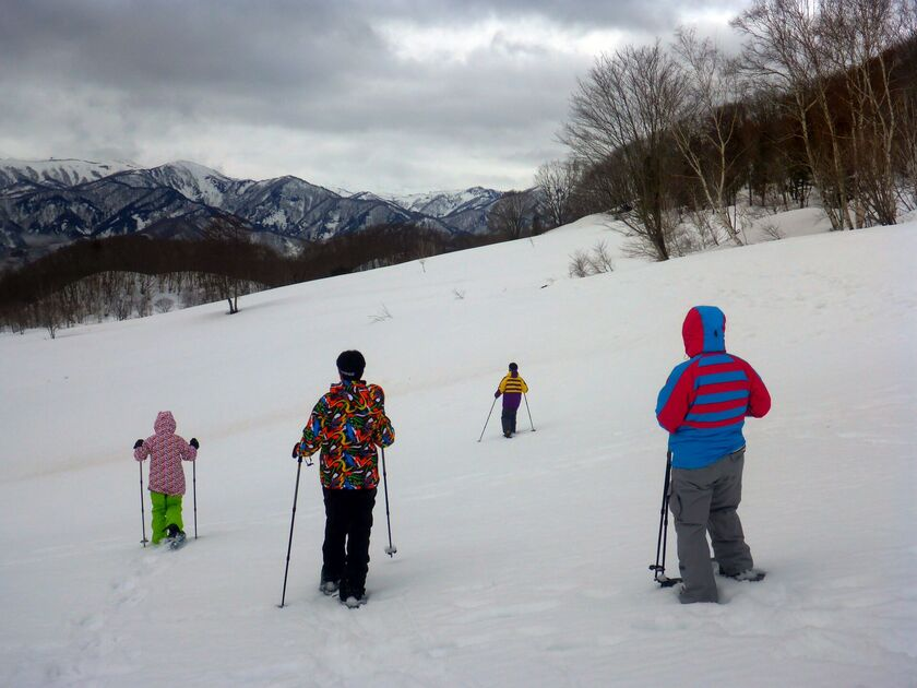 家族で雪上ハイキングへ出かけよう!!002
